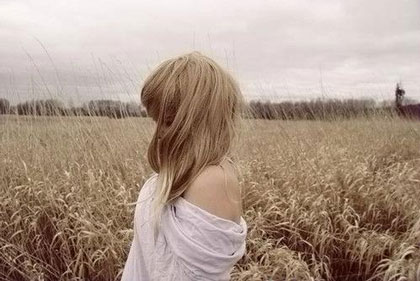 一个女生很难追说明什么-未吸引对方